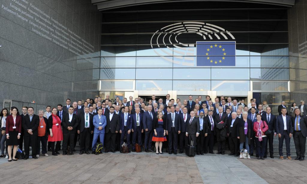 """Gruppenbild der deutschen Delegation vom """"European Parliament of Enterprises"""""""